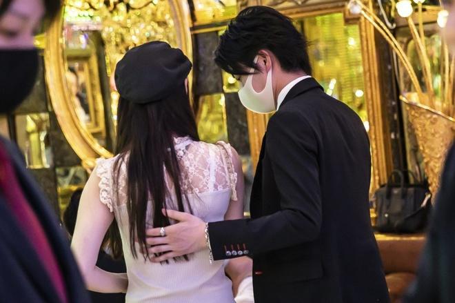 Tại sao một quốc gia cởi mở về tình dục như Nhật Bản lại né tránh việc dạy học sinh về tình dục?