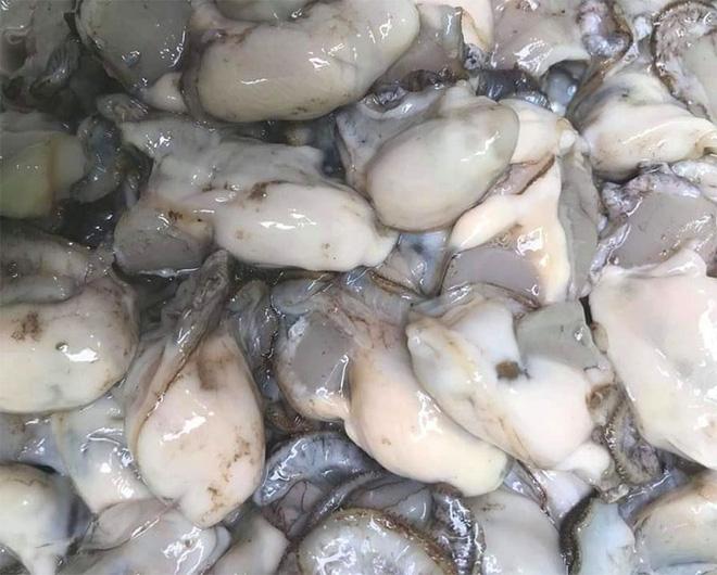 Ăn hàu sống, chưa rửa: một người đàn ông tử vong do nhiễm vi khuẩn