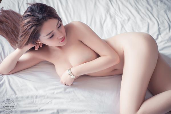 18+ mới Nhiều phụ nữ xem phim khiêu dâm nghĩ rằng đó là tình dục bình thường.  Nó không thể